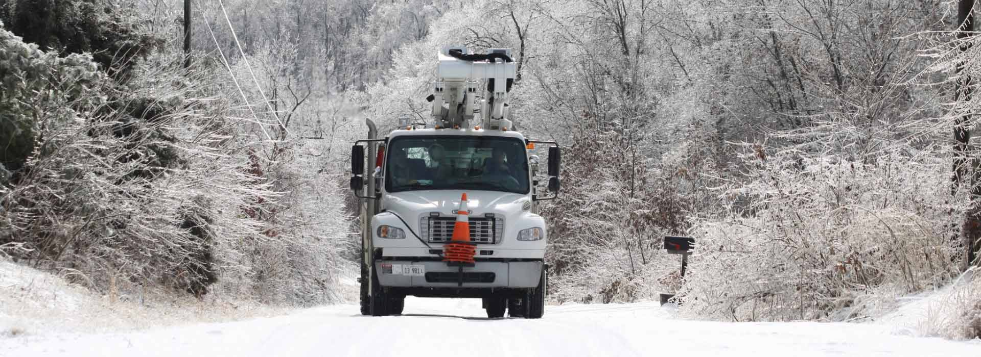 crews-respond-to-ice-outage.jpg